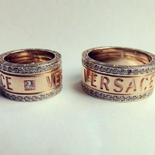 Обручальные кольца Versace